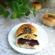 红豆沙餐包的做法