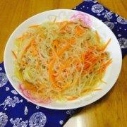 胡萝卜炒粉丝的做法