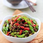 辣炒豌豆牛肉末的做法