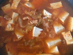 韩式泡菜肉片汤的做法
