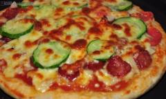 用电饭煲怎么做香肠披萨