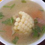 胡萝卜山药玉米汤的做法