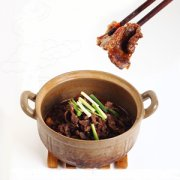 【走油豆豉扣肉】走油豆豉扣肉的做法