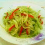 红椒黄瓜丝的做法