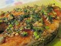 蒜香三文鱼的做法