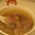 当归参芪羊肉汤的做法