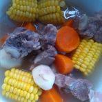 排骨胡萝卜玉米马蹄汤的做法
