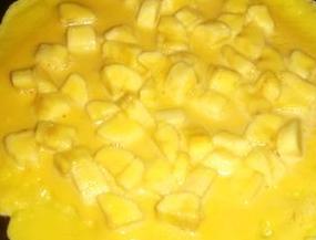香蕉炒鸡蛋的做法