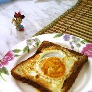 煎鸡蛋土司的做法