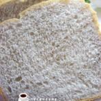 黑米面包的做法