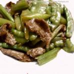 芹菜荷兰豆炒牛肉