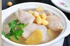 黄豆炖猪蹄汤的做法