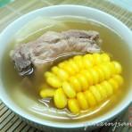 萝卜玉米排骨汤的做法
