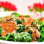 花生酱拌菠菜的做法