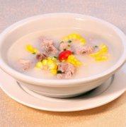 【玉米排骨汤】玉米排骨汤的做法_胡萝卜玉米排骨汤