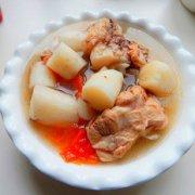 西红柿山药大骨汤的做法