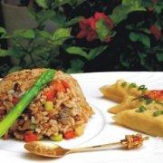 菌菇酱炒饭的做法