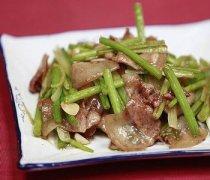 【芹菜炒肉片】芹菜炒肉片的做法_芹菜炒肉片怎么做好吃