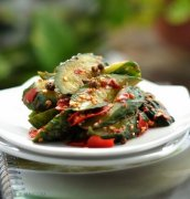 怎么腌黄瓜又脆又绿