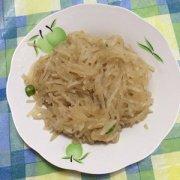 【炒白萝卜丝的做法】肉炒白萝卜丝的做法_白萝卜的功效与作用