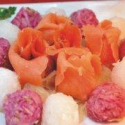 三文鱼萝卜丝拌海蜇的做法