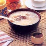 【莲子芡实糯米粥的功效】莲子芡实糯米粥的做法