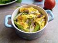 西芹平菇炒蛋的做法