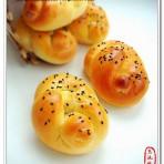 蜂蜜花式面包的做法