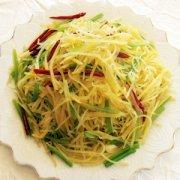 【芹菜炒土豆丝的做法】芹菜炒土豆丝的营养价值_芹菜炒土豆丝的食用