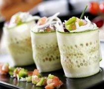 【凉拌黄瓜的做法大全】凉拌黄瓜怎么做好吃_凉拌黄瓜的营养价值