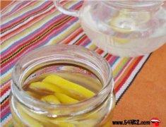 柠檬蜂蜜水的做法_柠檬蜂蜜水的功效与作用