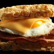 拉面华夫三明治的做法