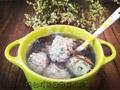 荠菜丸子:那唤起春意的圆丸靓汤的做法