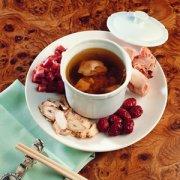 【当归生姜羊肉汤】当归生姜羊肉汤的做法_当归生姜羊肉汤的功效