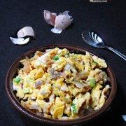 榨菜炒蛋的做法