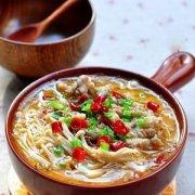 【金针菇肥牛汤的做法】金针菇肥牛汤的营养价值_金针菇肥牛汤的饮食