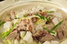 白菜炖肉的做法大全