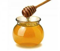 【枇杷蜜的价格】枇杷蜜的功效_枇杷蜜会结晶吗_枇杷蜜怎么鉴别