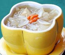 【香蕉百合银耳汤】香蕉百合银耳汤的做法_香蕉百合银耳汤的功效