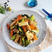 腐竹拌黄瓜的做法