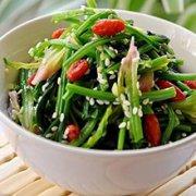 芝麻花生米拌菠菜的做法