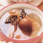 金银花煲瘦肉的做法