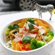奶汁鲑鱼炖饭的做法
