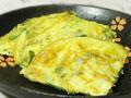 咸菜煎蛋的做法