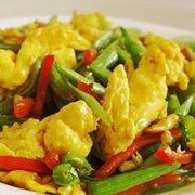 四季豆炒鸡蛋的做法