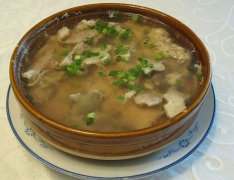 木耳冬菇瘦肉汤