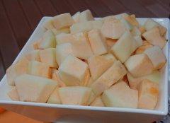 哈密瓜怎么吃