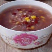 红豆玉米粥的做法