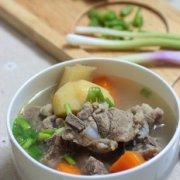 竹蔗马蹄胡萝卜骨头汤的做法