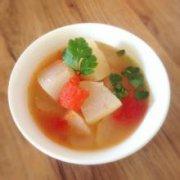 西红柿雪梨汤的做法
